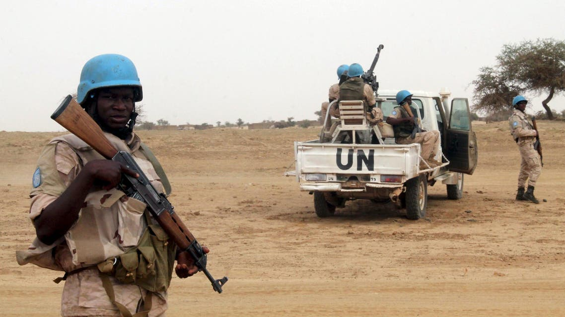 UN peacekeepers stand guard in the northern town of Kouroume, Mali, May 13, 2015.(File Photo: Reuters)