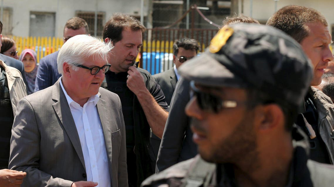 Germany's Foreign Minister Frank-Walter Steinmeier (L) visits the Seaport of Gaza City June 1, 2015. (Reuters)