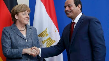 ميركل تؤكد للسيسي دعم الحل السياسي ورفض أي تدخلات أجنبية في ليبيا