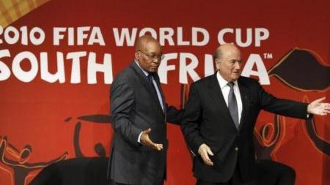 """جنوب إفريقيا.. وحدة """"الصقور"""" تحقق في رشوة الفيفا"""