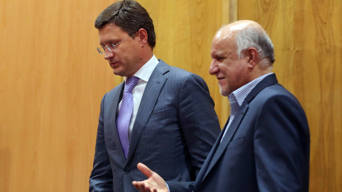 Russian Energy Minister Alexander Novak, left, and Iranian Oil Minister Bijan Zanganeh leave after a joint meeting in Tehran, Iran, Tuesday, Sept. 9, 2014. (File Photo; AP)