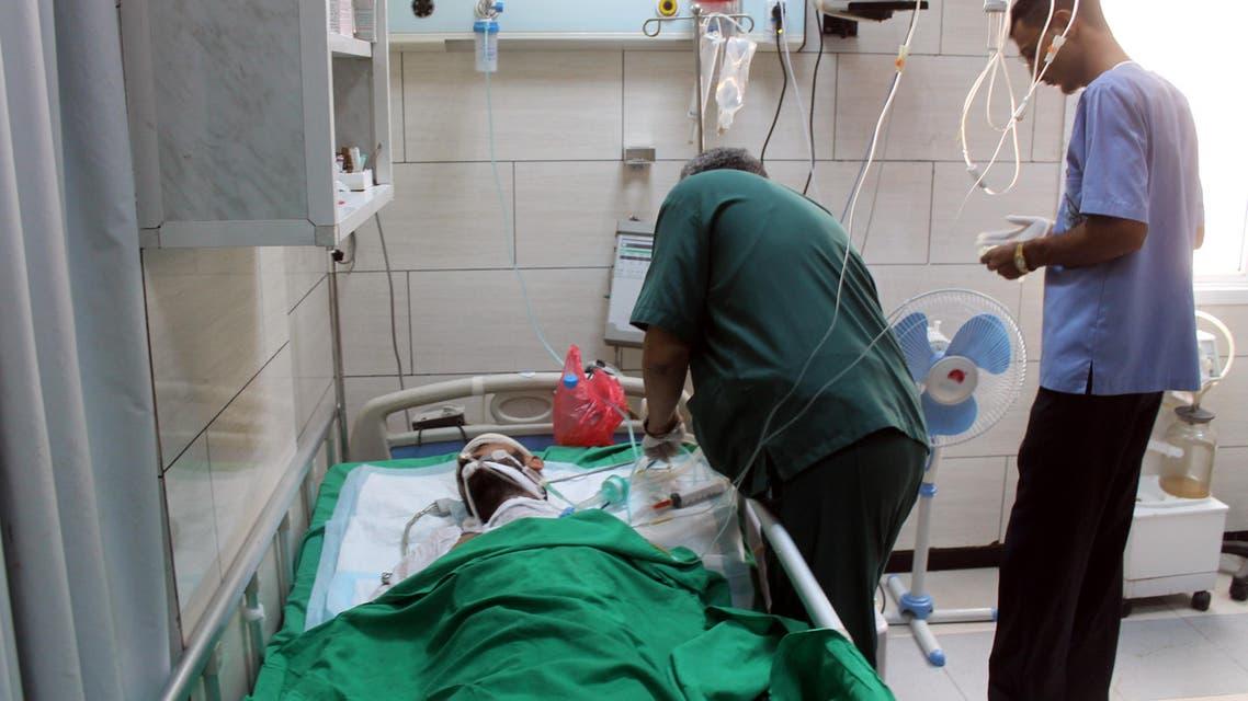جريح في مستشفى في عدن