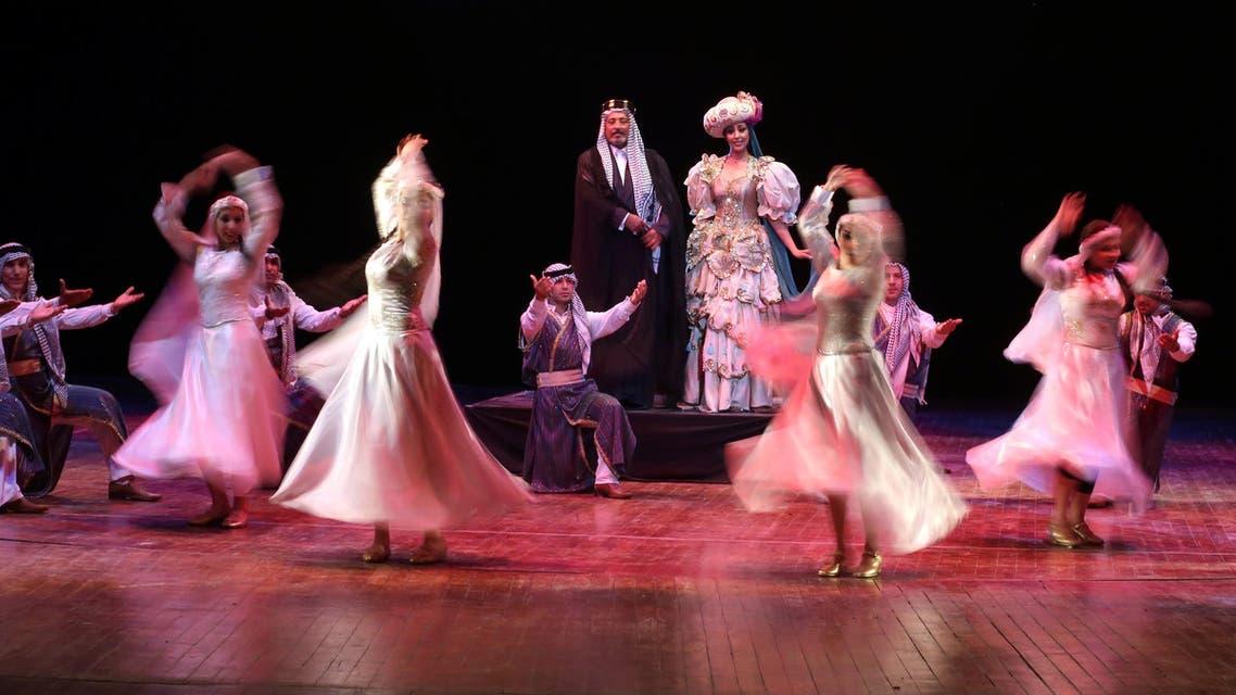 Iraqi actors perform play against terrorism