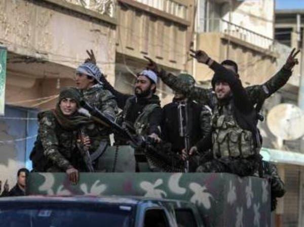"""أميركا تسلح """"الوحدات الكردية"""" تمهيداً لاستعادة الرقة"""