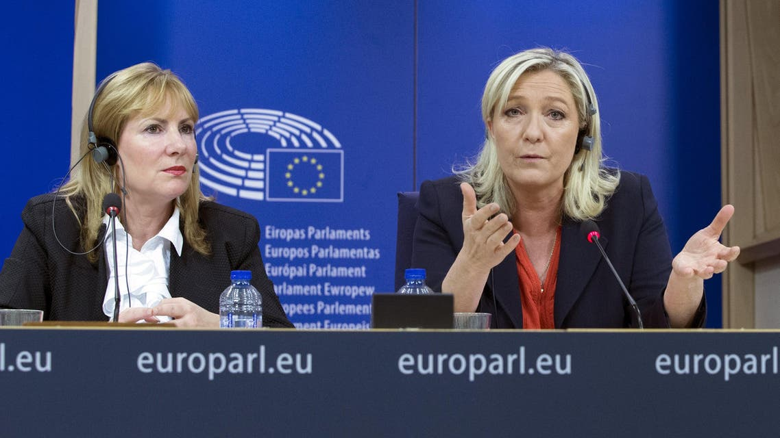(L-R) United Kingdom Independence Party (UKIP) former member Janice Atkinson, France's National Front political party head Marine Le Pen attend a joint news conference at the European Parliament in Brussels, Belgium, June 16, 2015. (Reuters)