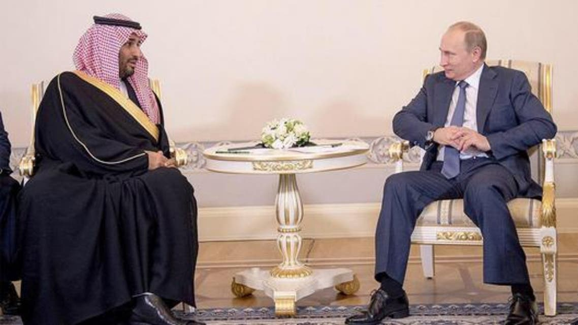 محمد بن سلمان مجتمعا مع بوتين