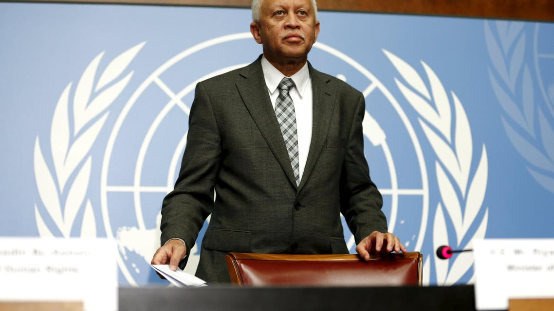 Yemen's Foreign Minister Reyad Yassin Abdulla stands before a news conference by the Mission of Yemen in Geneva, Switzerland, June 17, 2015. Reuters