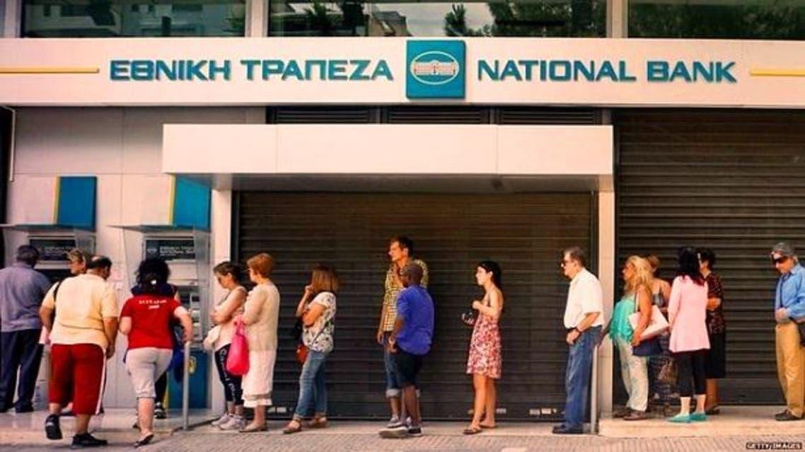 لم يعد بين اليونانيين فقير وغني، فحصة الواحد اليومية 60 يورو فقط