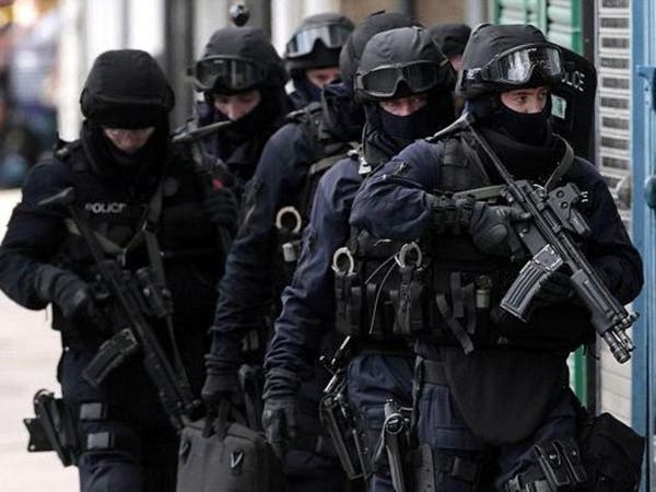 لندن.. القبض على سويدية مشتبه بارتكابها جريمة إرهابية