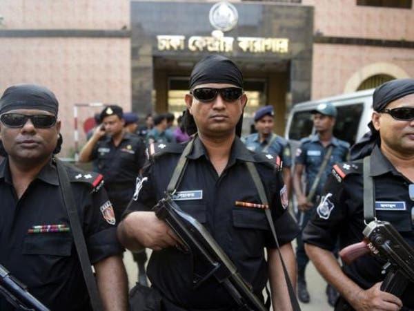 بنغلاديش.. داعش يتبنى طعن طبيب حتى الموت