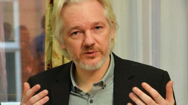 أسانغ: ويكيليكس تنشر معلومات مهمة عن حملة كلينتون