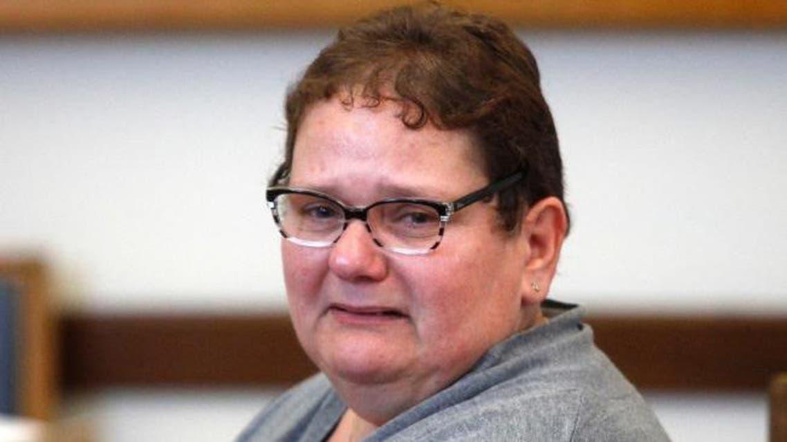 فرنسا.. سجن أم 9 سنوات بتهمة قتل أطفالها الثمانية