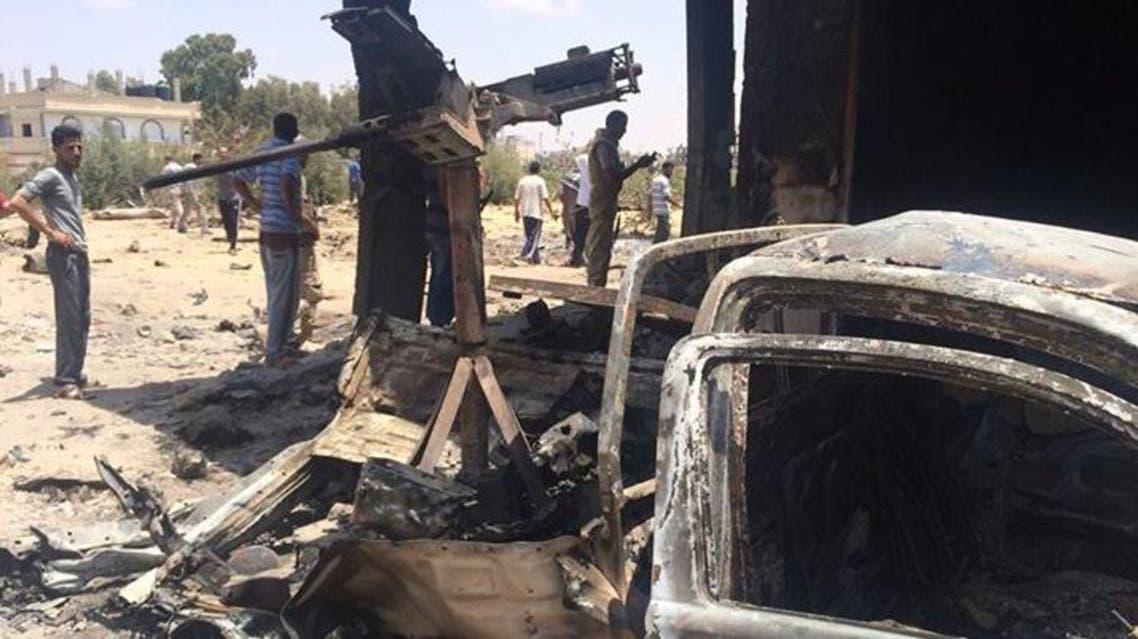 مركبة دفع رباعي بزودة بمدفع رشاش دمرها الجيش المصري في سيناء