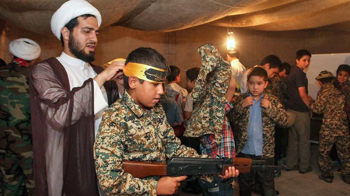 بالصور.. إيران تدرب الأطفال على القتال أسوة بداعش