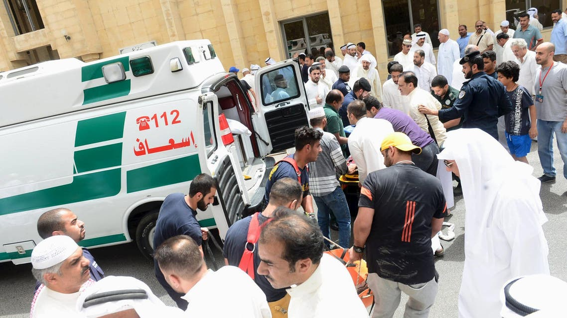 People help carry injured victims to ambulances outside Imam al-Sadeq Mosque, after a suicide bomb attack, in Kuwait city June 26, 2015. (File Photo:Reuters)