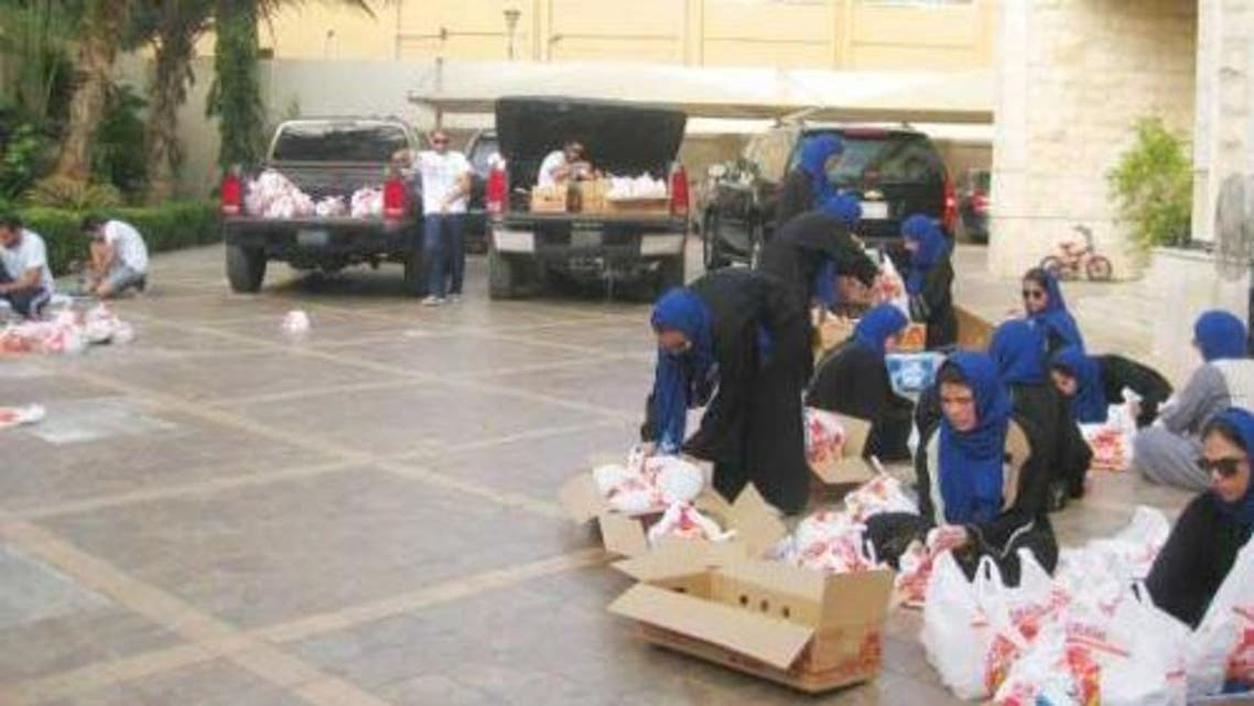 Young Saudis studying in the United States are in the Kingdom for the Ramadan and helping the poor