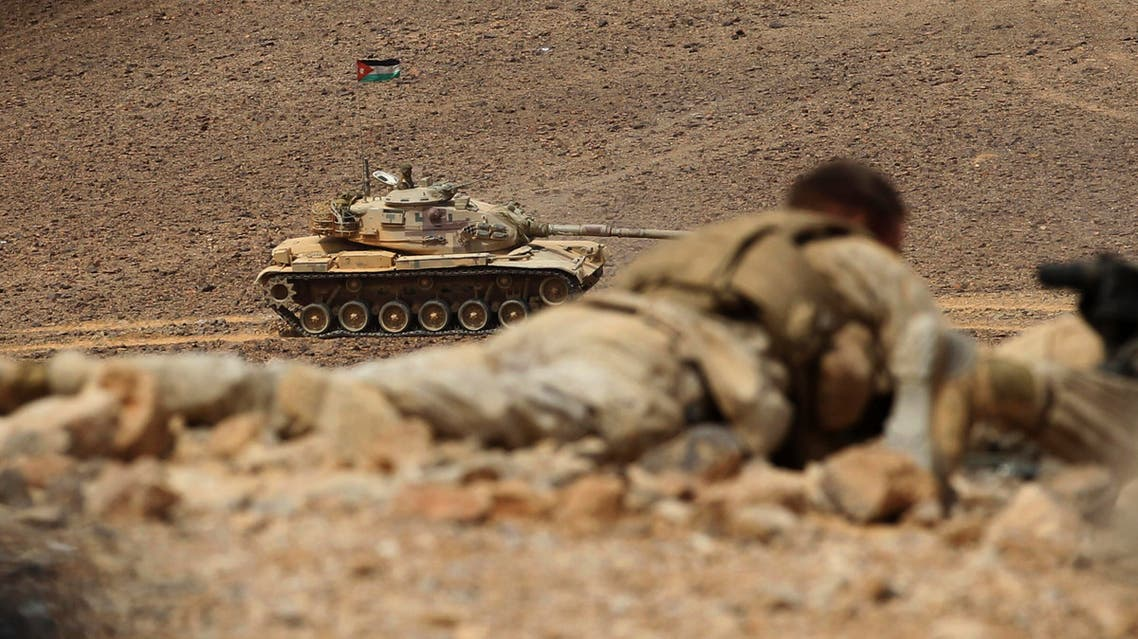 A Jordanian tank advances during 18-nation military exercises in a field near the border with Saudi Arabia, in Mudawara, 280 kilometers (174 miles) south of Amman, Jordan, Monday, May 18, 2015. (File Photo: AP)