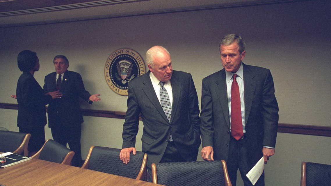 Photos show reactions in White House to 9/11 attacks