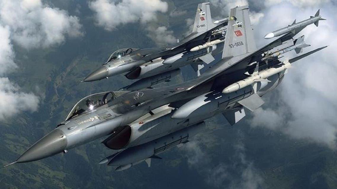 مقاتلات تركية غارات