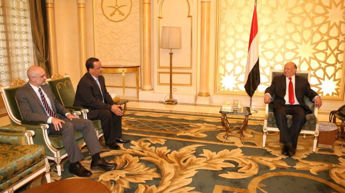 عبدربه منصور هادي مع المبعوث الأممي إسماعيل ولد الشيخ أحمد
