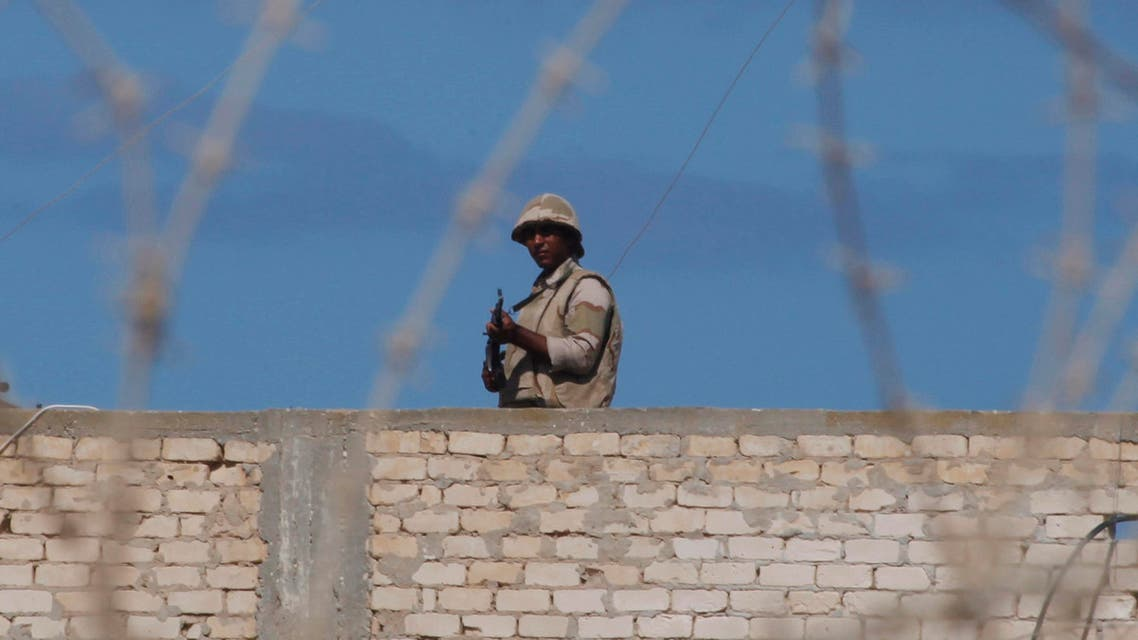 An Egyptian soldier guards the border between Egypt and southern Gaza Strip. (File photo: Reuters)