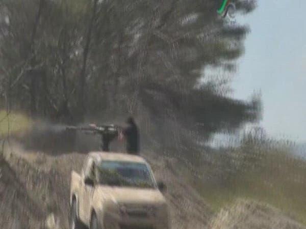 المعارضة تقصف مسقط رأس الأسد وعينها على درعا