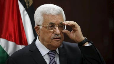 عباس يصل القاهرة في زيارة يلتقي خلالها السيسي