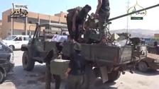 Syria govt forces battle rebels near regime bastion: monitor