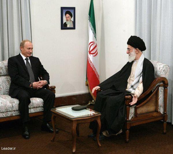 خامنئي والرئيس الروسي فلاديمير بوتن