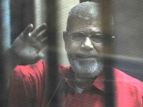 تفاصيل محاكمات وعقوبات صدرت ضد مرسي منذ عزله وحتى وفاته