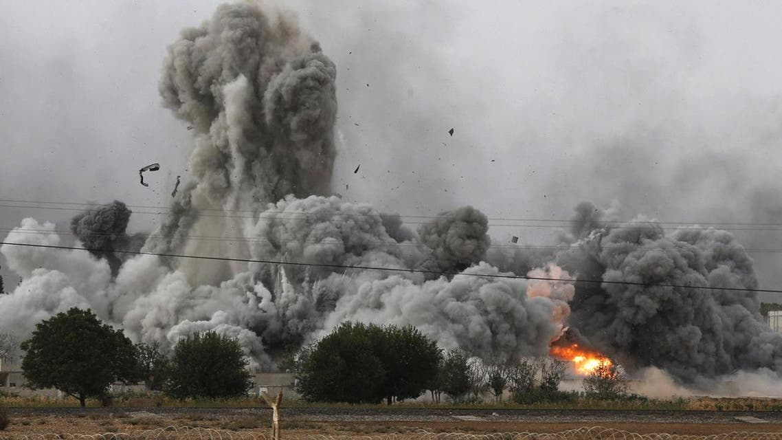 Thick smoke, debris and fire rise following an airstrike by the US-led coalition in Kobane, Syria in 2014. (File photo: AP)