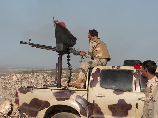 """مقتل 4 جنود ليبيين في اشتباكات مع """"داعش"""" قرب درنة"""