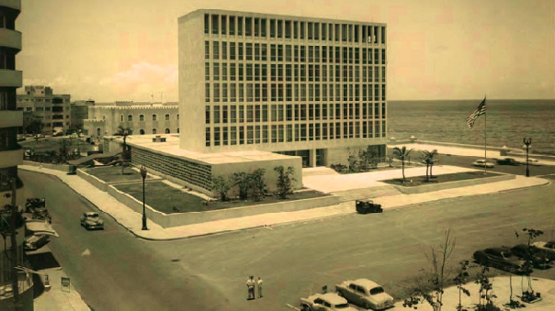 السفارة الأميركية في هافانا، انتظرت 54 سنة لتعود مشرعة من جديد