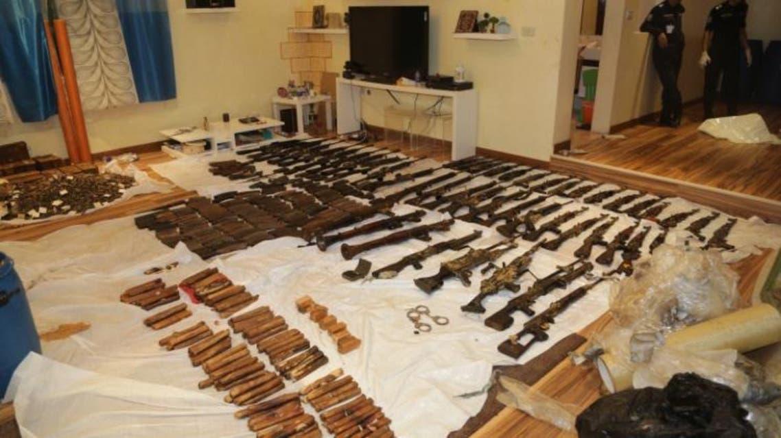 القبض على خلايا ارهابية في الكويت وضبط اسلحة ومتفجرات