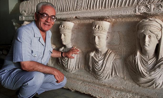 عالم الآثار السوري، كان يعشق تدمر ونجده يتغزل بها في مواقع التواصل، ورفض مغادرتها