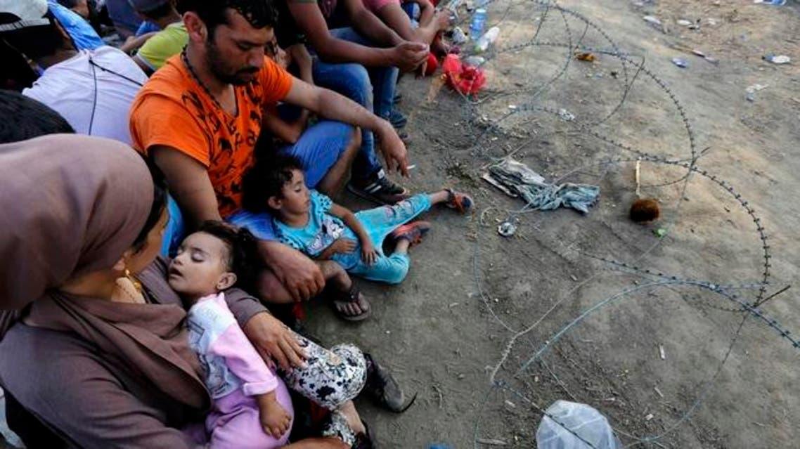 لاجئون سوريون حدود اليونان مقدونيا