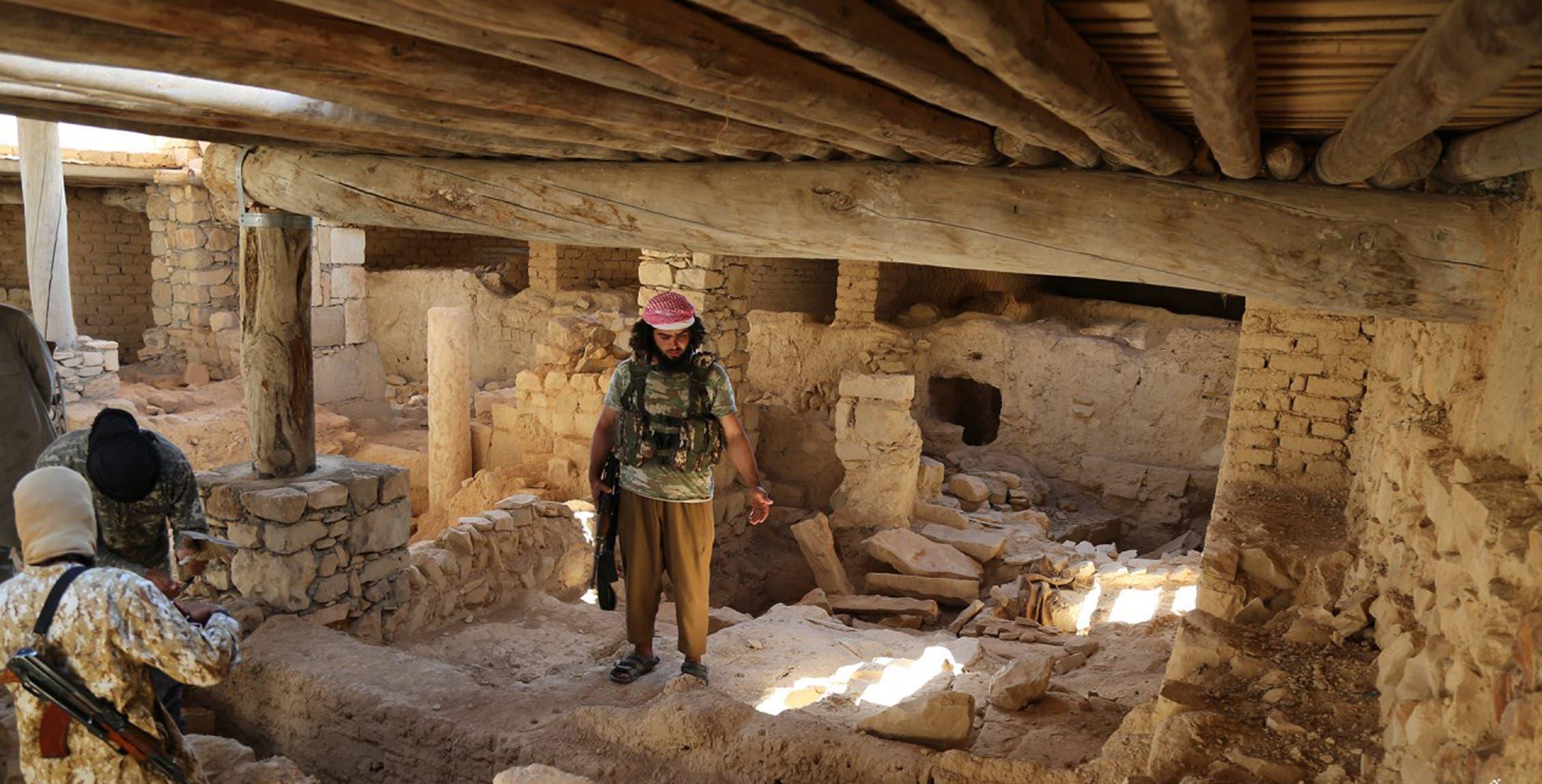 عناصر من داعش في سوريا(أرشيفية)