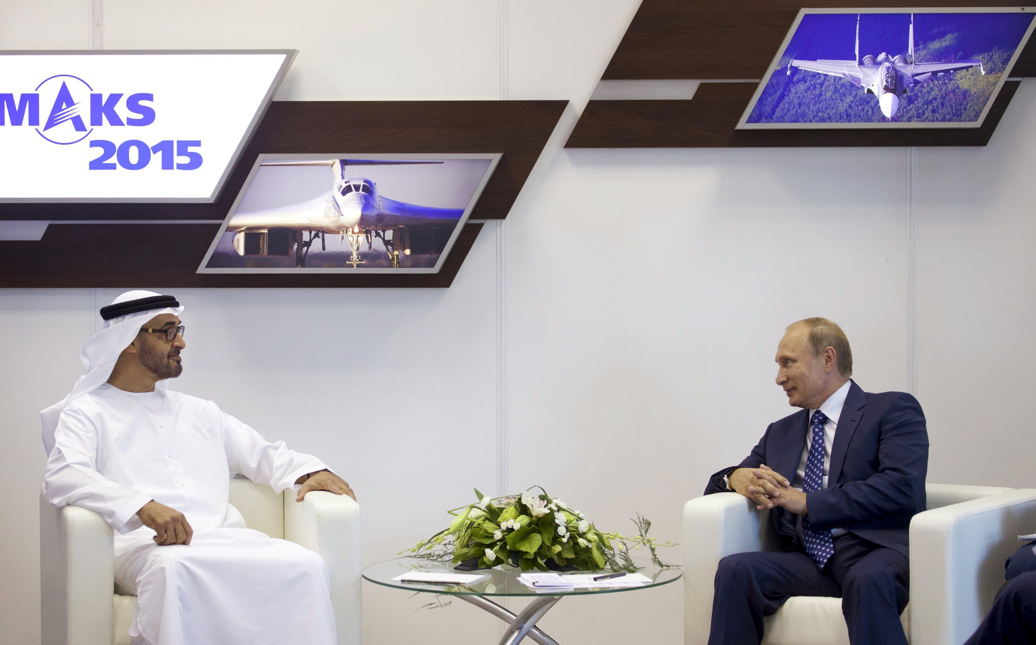 الرئيس بوتين أثناء اللقاء مع الشيخ محمد بن زايد