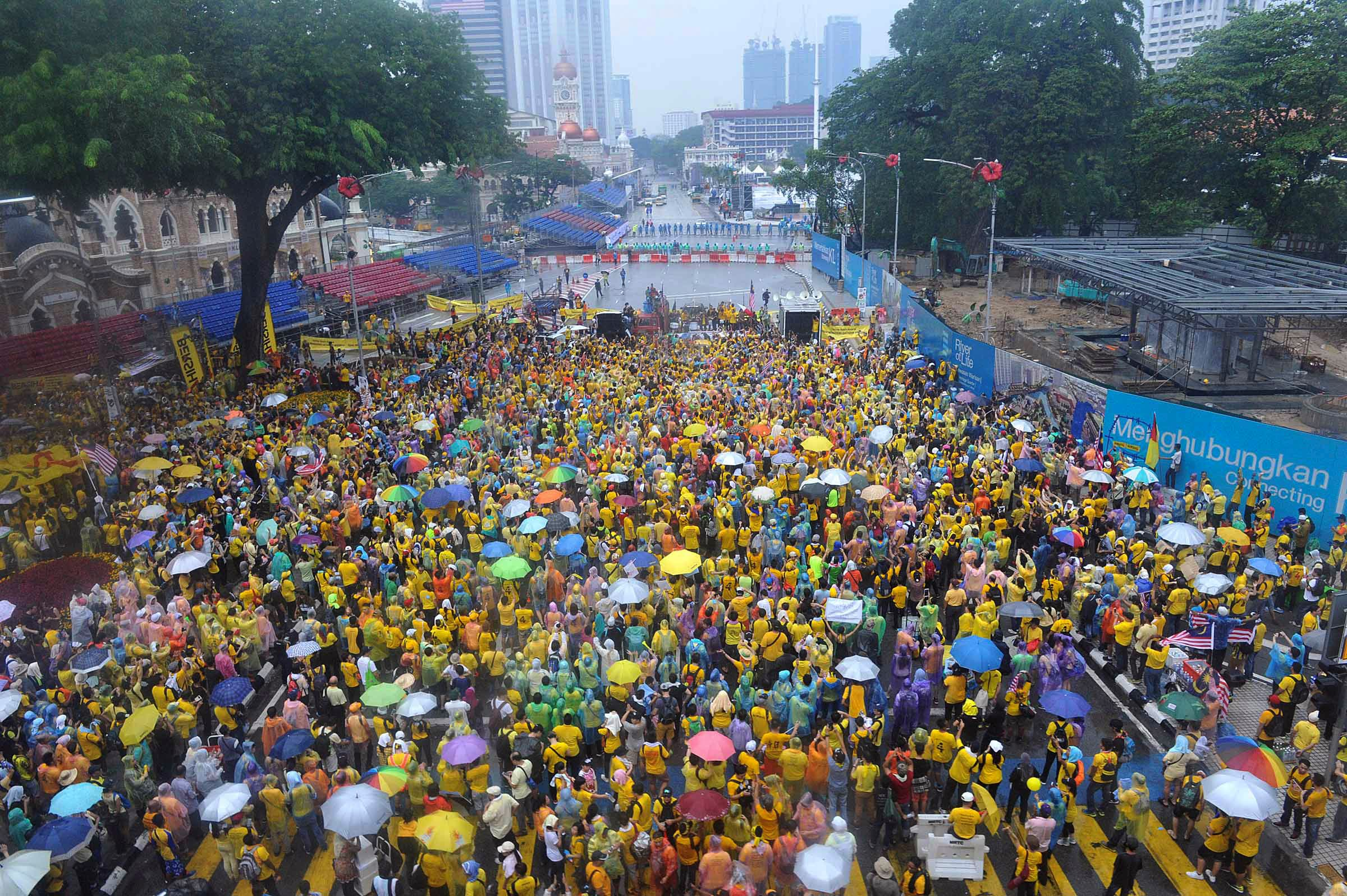 Malaysia protests (AP)