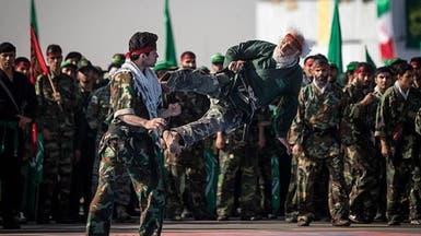 إيران تجري مناورات على الصواريخ وحرب الشوارع