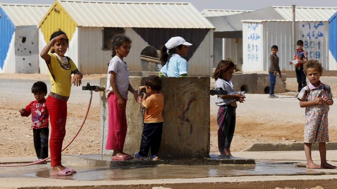 لاجئون سوريون في مخيم الأزرق في الأردن