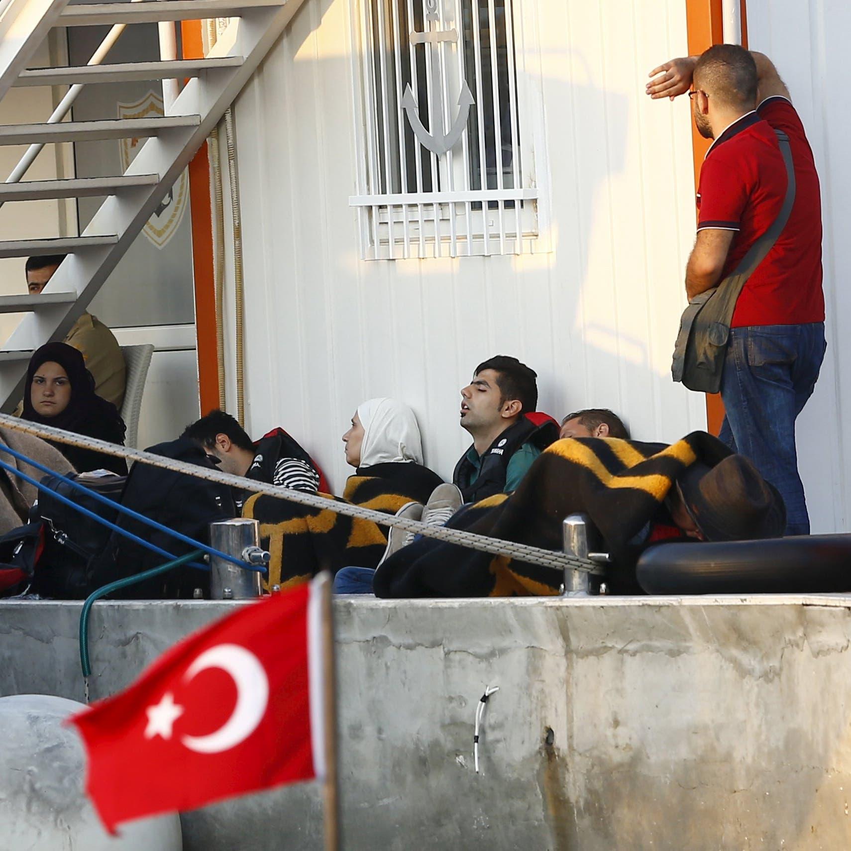 تركيا تلوح مجدداً بورقة اللاجئين.. على أوروبا مساعدتنا