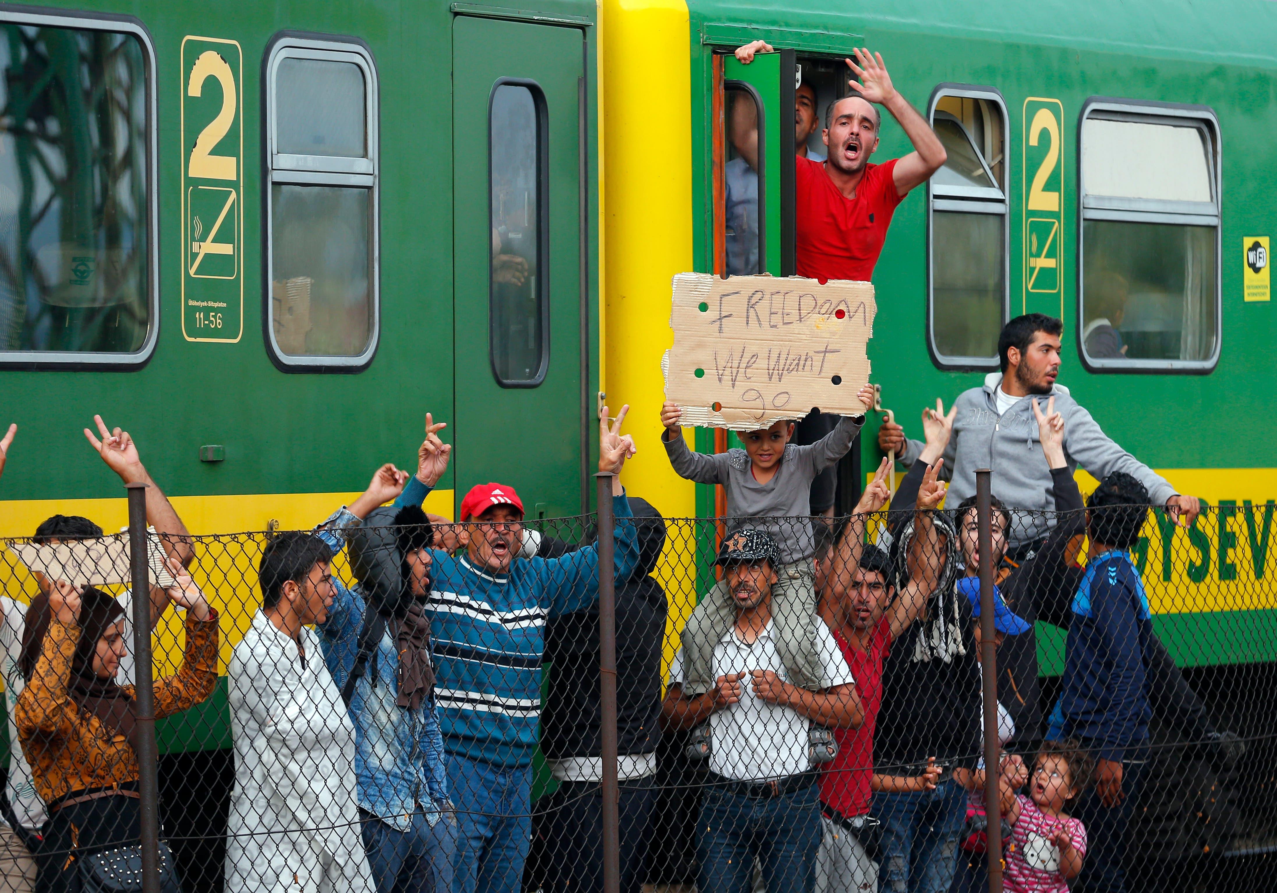 Migrant train standoff in Hungary