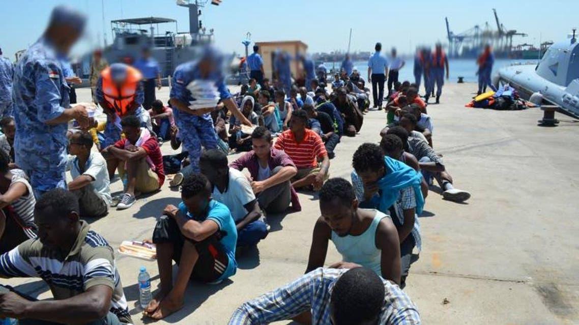 مصر تحبط محاولة تهريب 228 مهاجرا غير شرعي