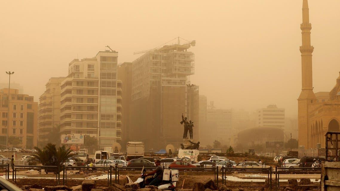 عاصفة رميلة في لبنان بيروت
