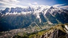 رجل طيار يلقى حتفه على مرتفعات الألب الفرنسية