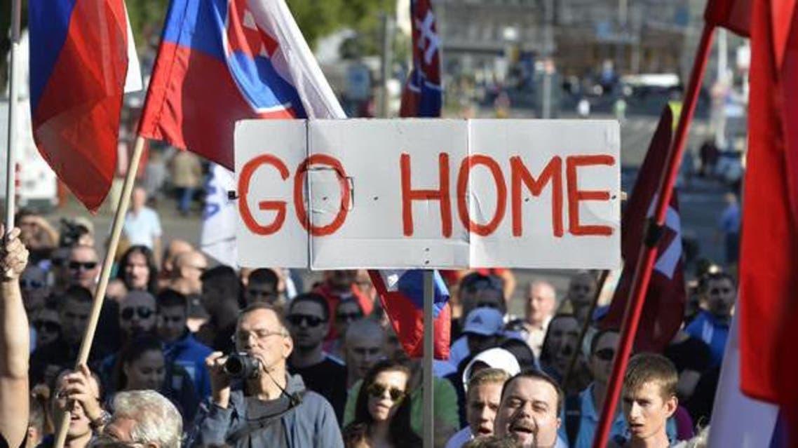 آلاف المتظاهرين في شوارع وارسو ضد استقبال المهاجرين