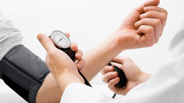 8 نصائح غذائية لحماية نفسك من مرض ضغط الدم