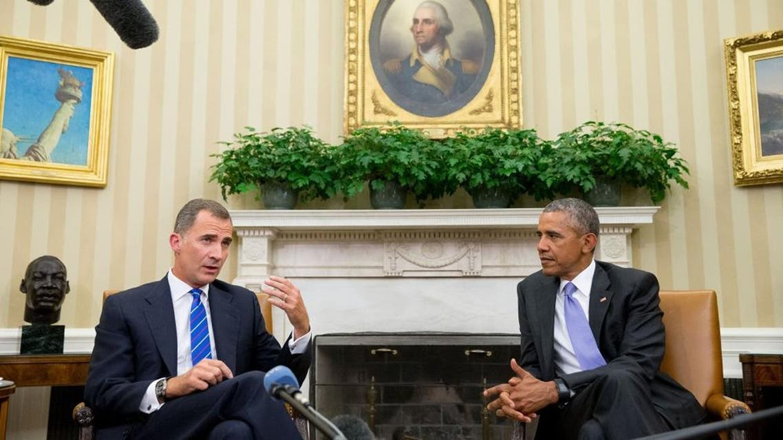 Spain's King Felipe VI speaks to members of the media following a bilateral meeting with President Barack Obama, Tuesday, Sept. 15, 2015, in the Oval Office of the White House in Washington. (AP Photo/Andrew Harnik)