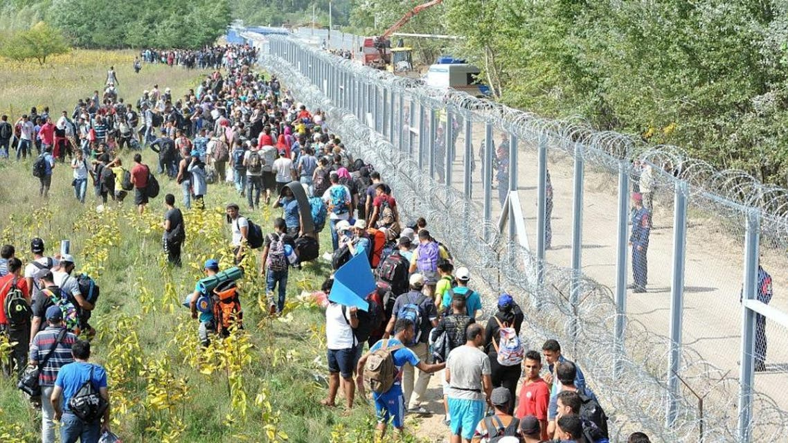 قوات الأمن المجرية تسقط 200 جريح من اللاجئين في المجر